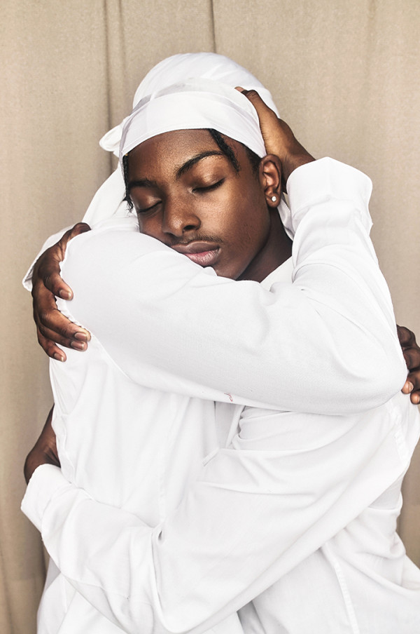 Anthony Gebrehiwot, The Power of a Hug, 2019